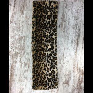 Calvin Klein Infinity Loop Faux Fur Leopard Scarf